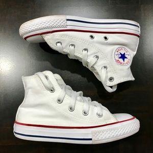 1ff165a66d6e High Top Chuck Taylor White Converse size 13 kids